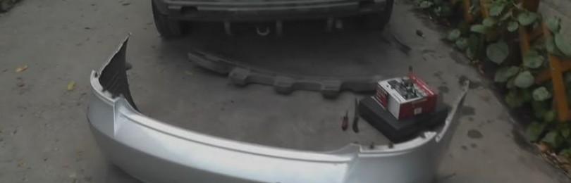 Снятие заднего бампера Хендай Акцент: видео