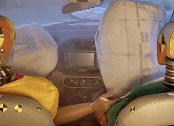 Первая в мире система подушек безопасности от Hyundai Motor Group, срабатывающая при нескольких столкновениях
