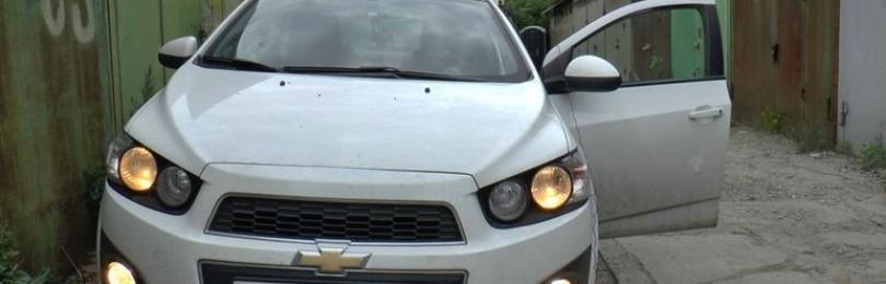 Замена ламп противотуманных фар Chevrolet Aveo T300