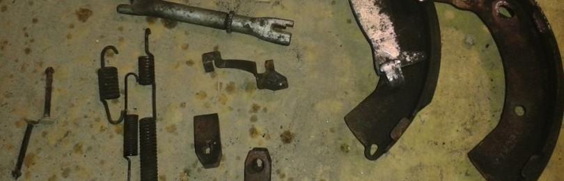 Замена задних тормозных колодок Хендай Гетц