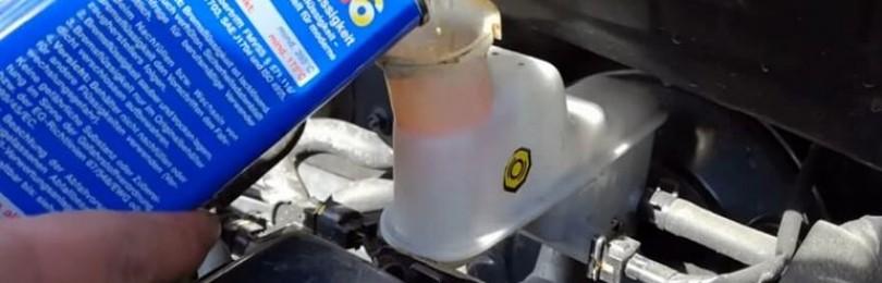 Замена тормозной жидкости Киа Рио: фото и видео