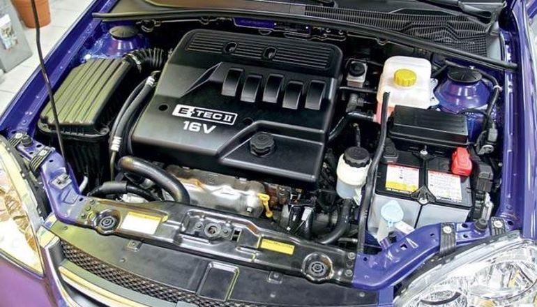 Двигатель Шевроле Лачетти.