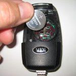 Замена батарейки в брелке Киа Спортейдж