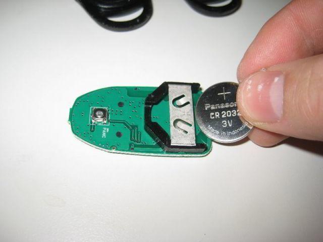 Замена брелка батарейки Хендай Ix35