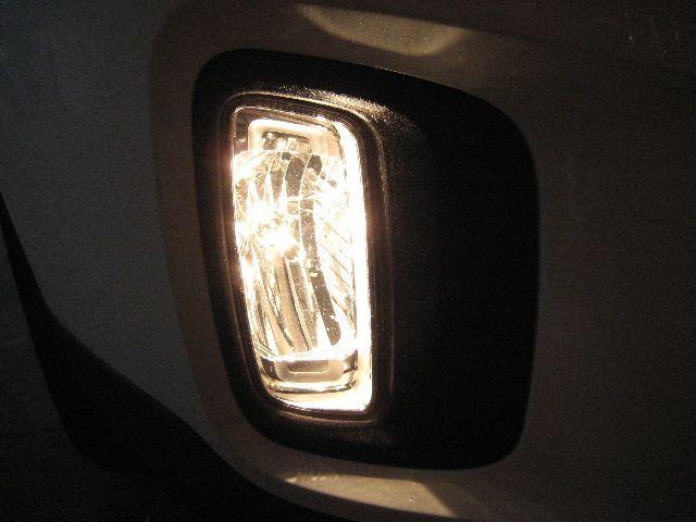 Замена лампы противотуманной фары Киа Соренто