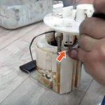Замена топливного фильтра на автомобиле Hyundai Solaris