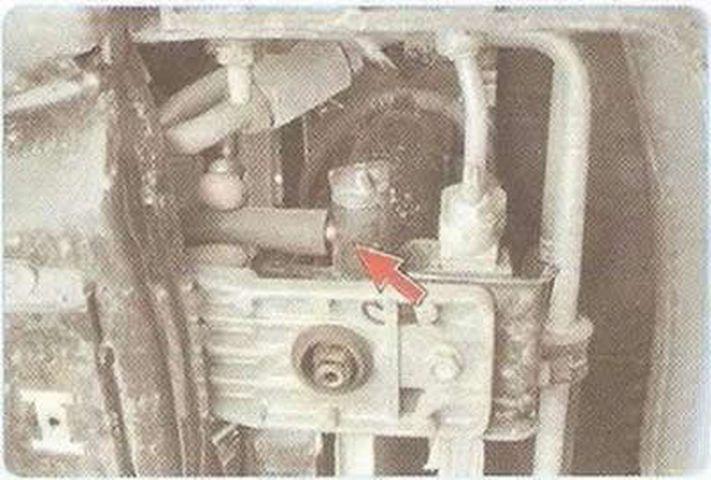 Замена охлаждающей жидкости Шевроле Круз