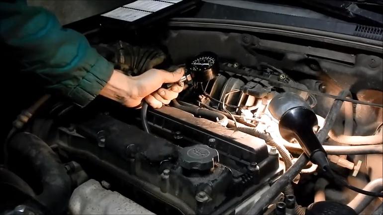 Причины троения двигателя Шевроле Лачетти