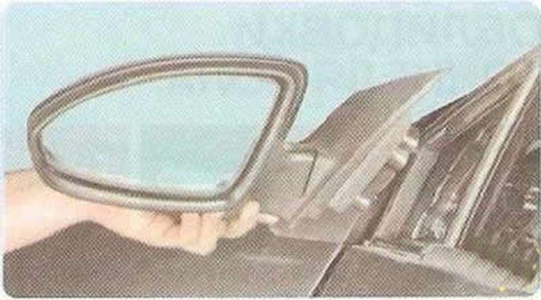 Замена наружного зеркала Шевроле Круз