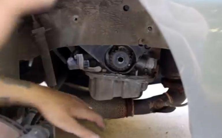 Замена прокладки ГБЦ на автомобиле Daewoo Nexia