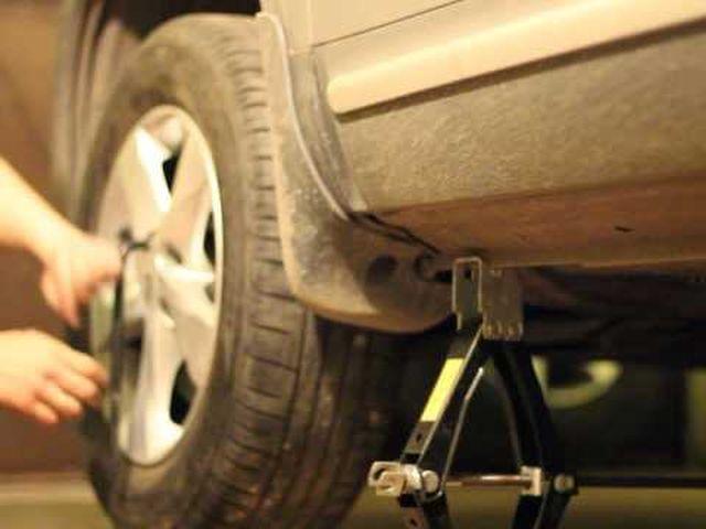 Замена колеса на Киа Сид
