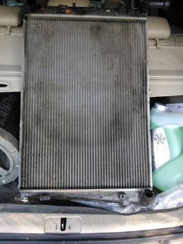 Замена радиатора Туксон