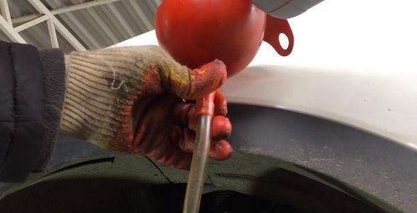 Замена масла в МКПП СсангЙонг Кайрон