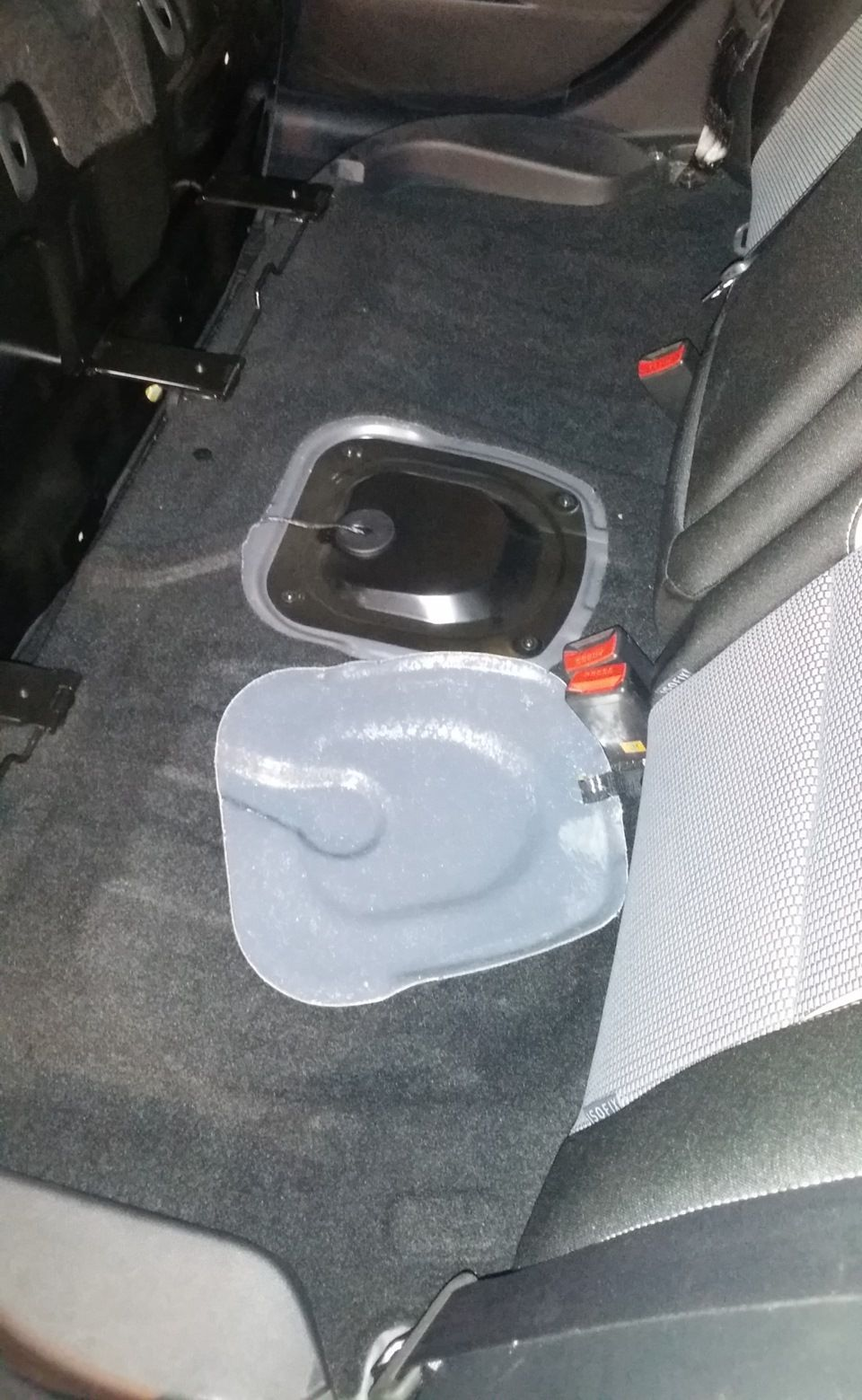 Замена топливного фильтра на автомобиле Kia Ceed