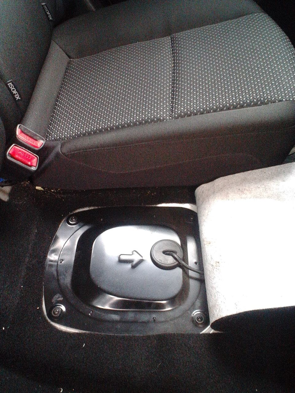 Замена топливного фильтра на автомобиле Hyundai i30