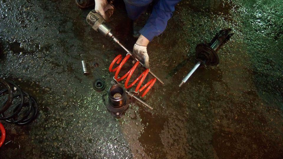 Замена задних пружин подвески Киа Церато
