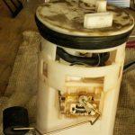 Замена топливного фильтра на автомобиле Kia Cerato