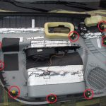 Снимаем обивку дверей Hyundai Accent, Как видно имеется 10 пистонов