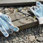 Операции рекомендуется выполнять в маске и перчатках