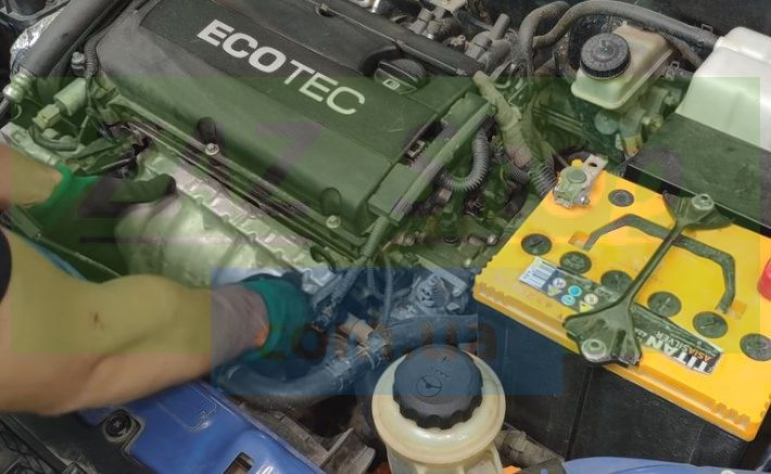 Снимаем термозащитный экран Chevrolet Aveo