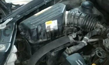 Демонтируем корпус воздушного фильтра Chevrolet Aveo