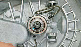 Замена рабочего цилиндра сцепления на Chevrolet Lacetti