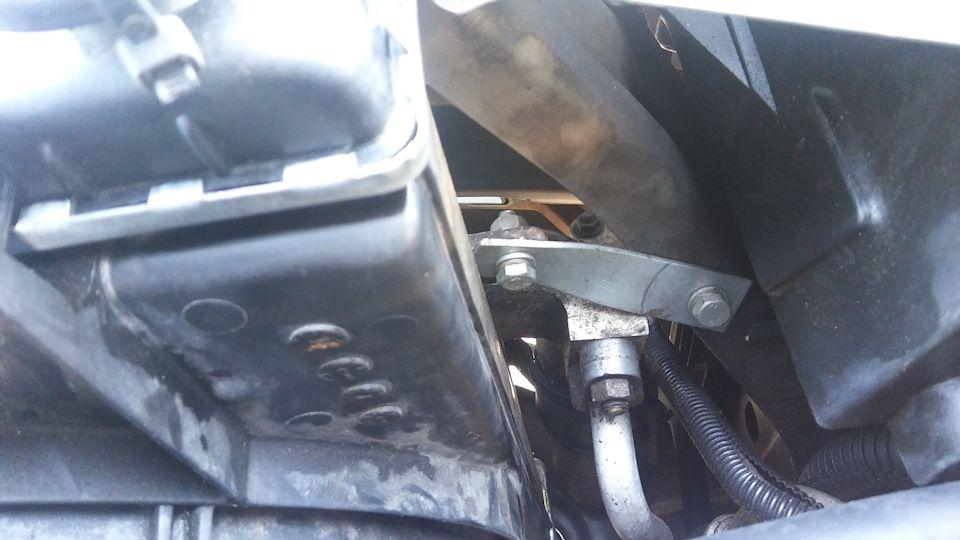 Снимаем кран радиатора Шевроле Эпика