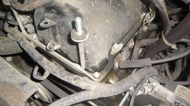Замена прокладки клапанной крышки Шевроле Нива